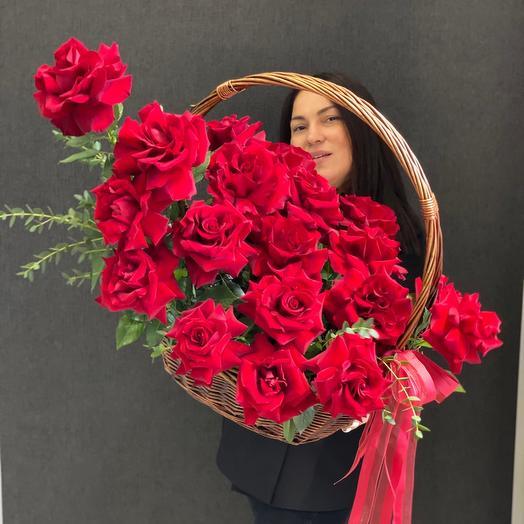 Эксклюзивные розы с большим бутоном