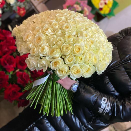 Белые розы 70см