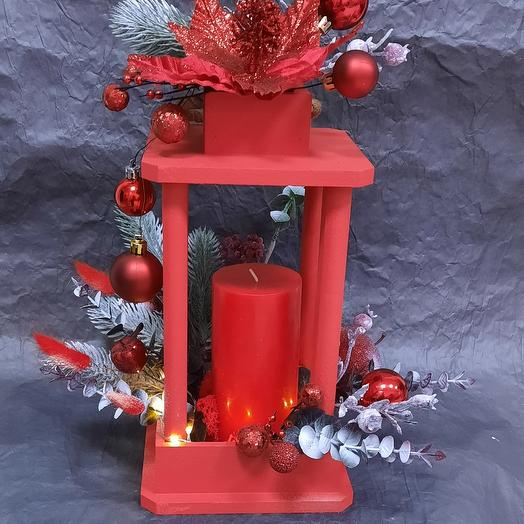 Фонарь со свечой новогодний
