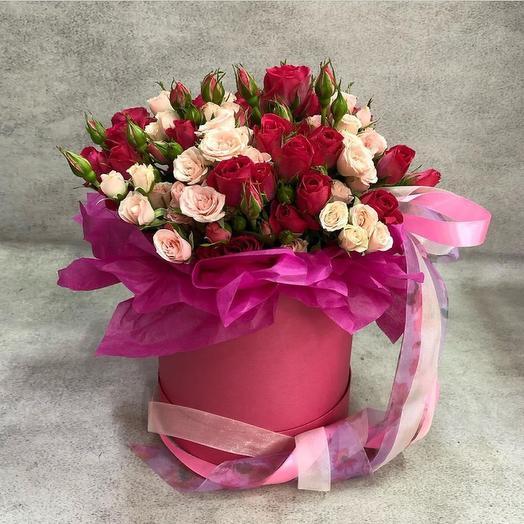 Композиция из кустовых роз
