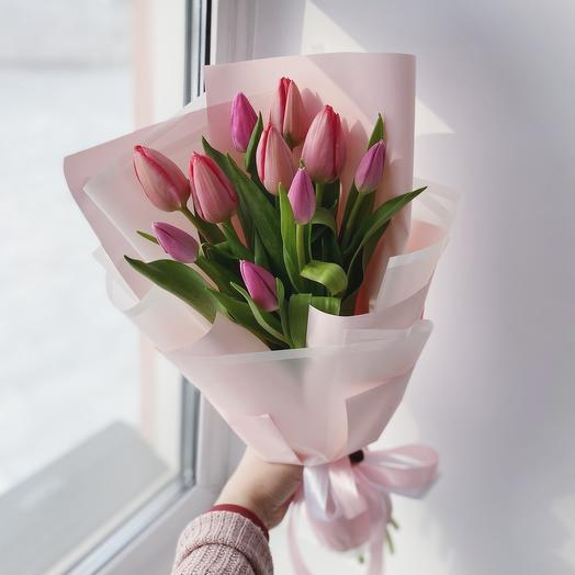 Букет из 11 тюльпанов микс