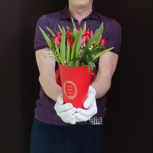 Сумка тюльпанов