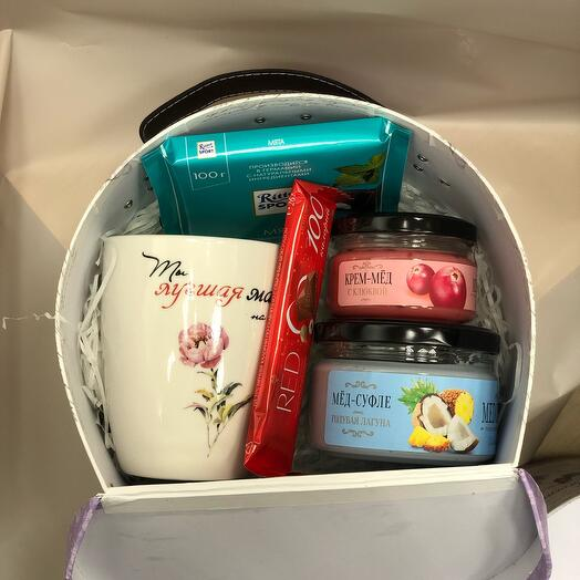 Подарочный чемодан маленький