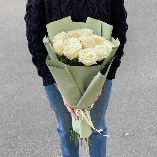 Монобукет из 11 белых роз