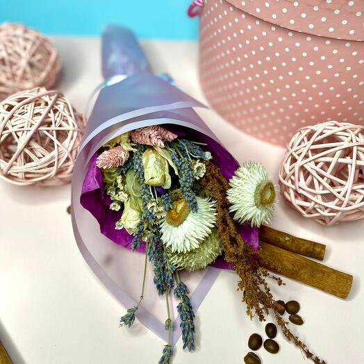 Эко букет с тюльпанами и лагурусом