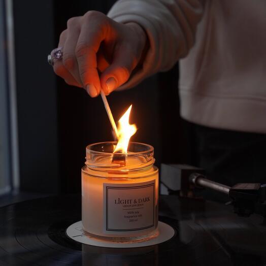 Ароматическая соевая свеча «Miracle | ананас, шалфей, анис» с деревянным фитилем + длинные спички, 200мл