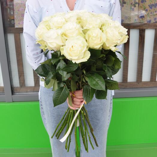 Роза белая 70 см. 25 шт