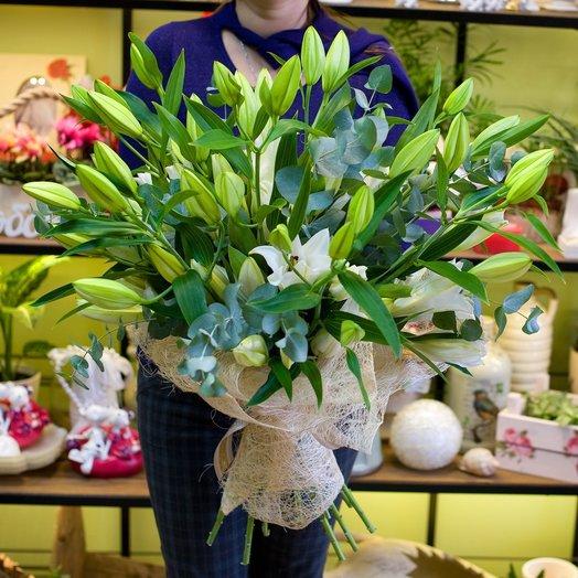 Букет из белых лилий Лилиямания: букеты цветов на заказ Flowwow