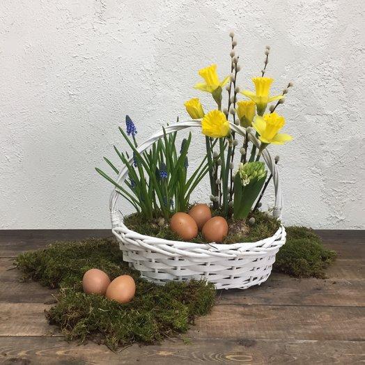 Пасхальная корзиночка : букеты цветов на заказ Flowwow