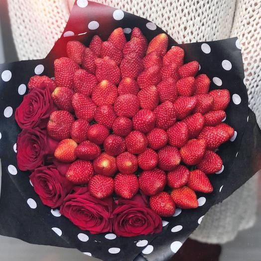 Клубничный букет «любовь»: букеты цветов на заказ Flowwow