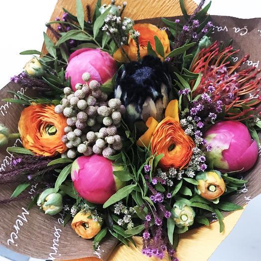 Авторский букет Холли Берри: букеты цветов на заказ Flowwow