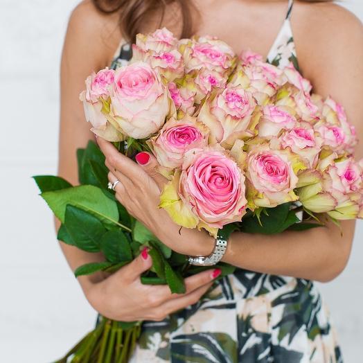 Букет из 25 роз сорта Еsperance