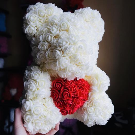 Мишка с сердцем: букеты цветов на заказ Flowwow