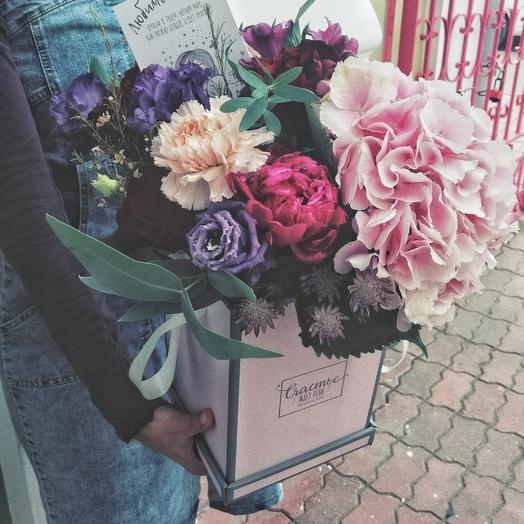 Коробочка для любимой мамы: букеты цветов на заказ Flowwow