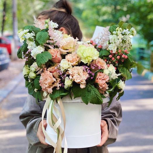Цветы в коробке «Влюблённый джэм»