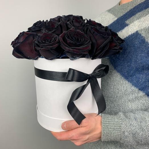 Коробка «Чёрные розы»