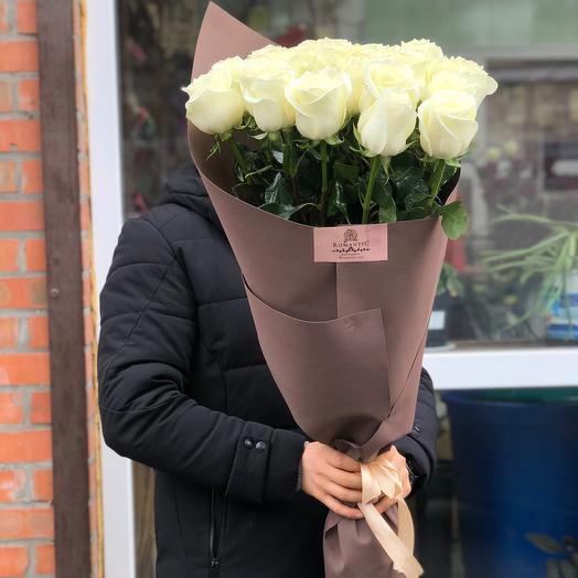 25 Голландских Белоснежных Роз