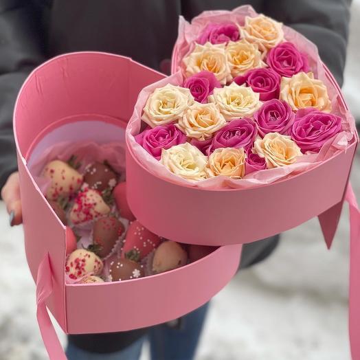 Розы с клубникой в бельгийском шоколаде