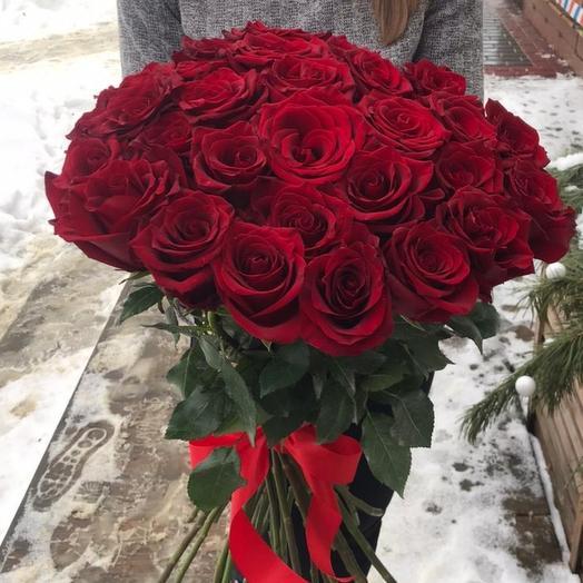 Букет из 29 красных роз класса премиум