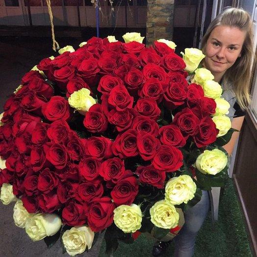 Букет Бомбезный шарм: букеты цветов на заказ Flowwow