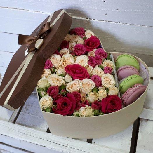 Сладкая полянка в сердце: букеты цветов на заказ Flowwow