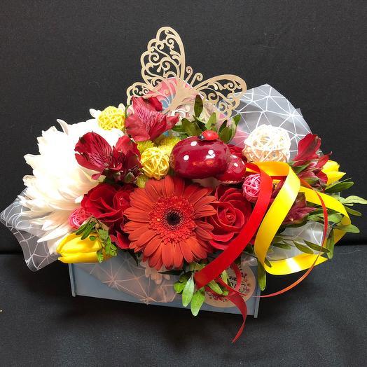 «Порхай, мечтай, люби!»: букеты цветов на заказ Flowwow