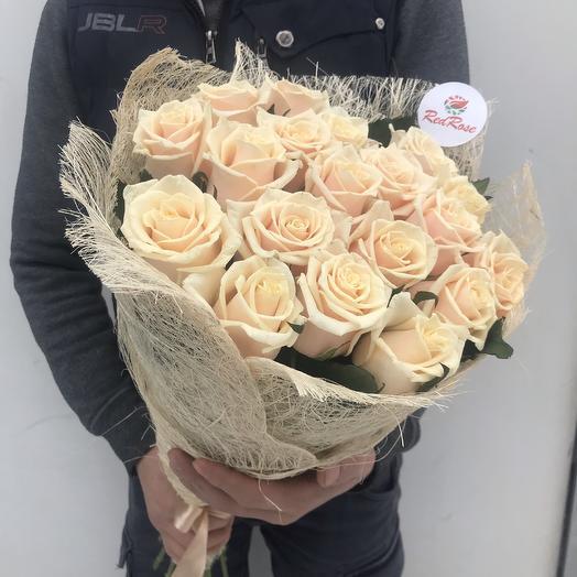 Букет из 19 роз «Талея»: букеты цветов на заказ Flowwow