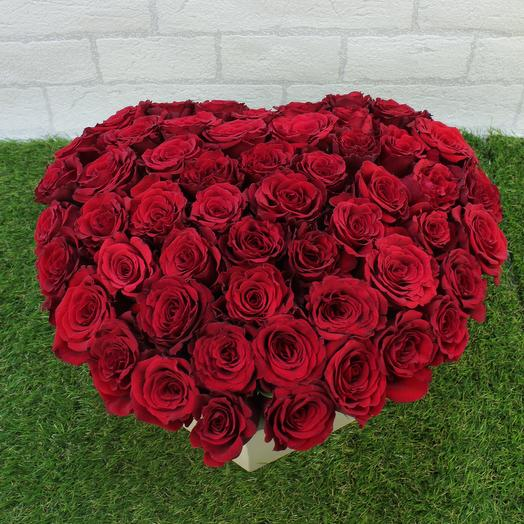 """51 красная роза в коробке """"сердце"""": букеты цветов на заказ Flowwow"""