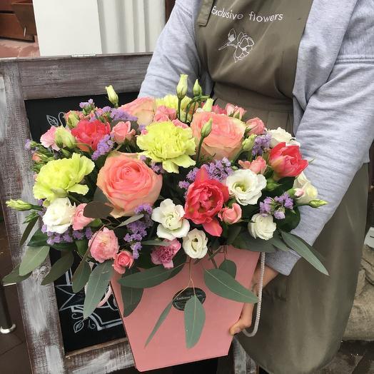 Коробка с цветами 16: букеты цветов на заказ Flowwow