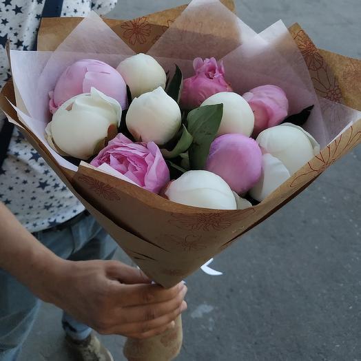 Пионы 11: букеты цветов на заказ Flowwow
