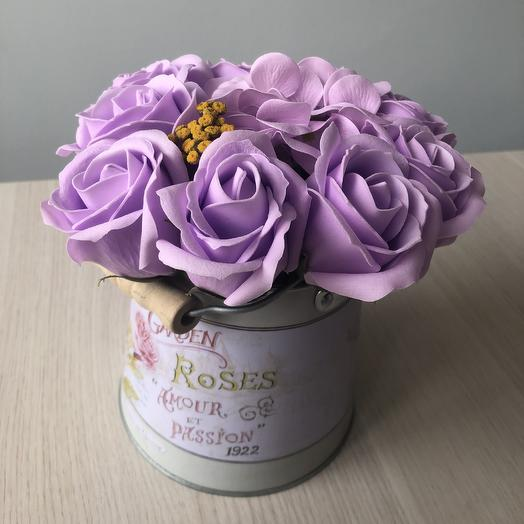 Букет из мыльных роз в кашпо в стиле прованс