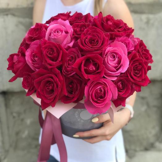 """Розы в шляпной коробке """"Совершенство"""": букеты цветов на заказ Flowwow"""