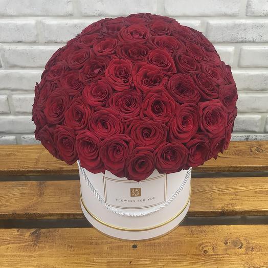 101 красная роза в коробке: букеты цветов на заказ Flowwow