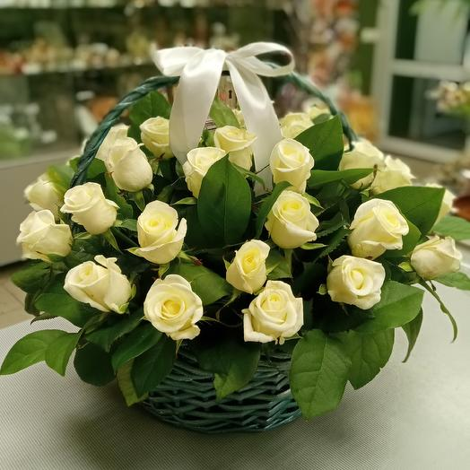 Корзина 35 роз: букеты цветов на заказ Flowwow