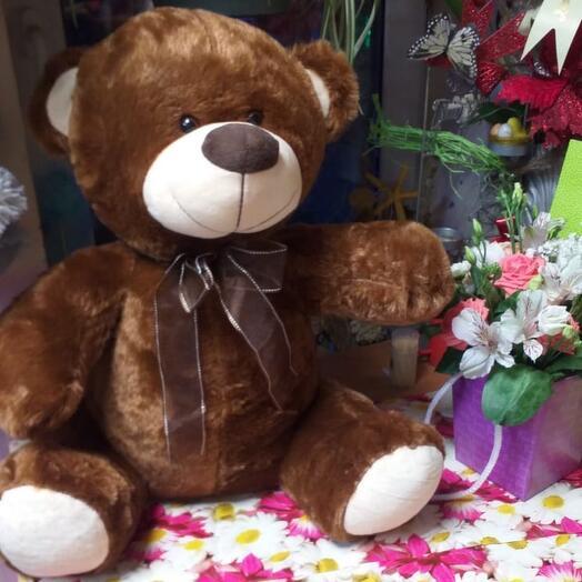 Медведь коричневый с бантом