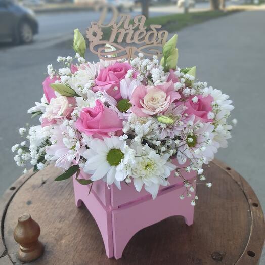 Розовый ящик