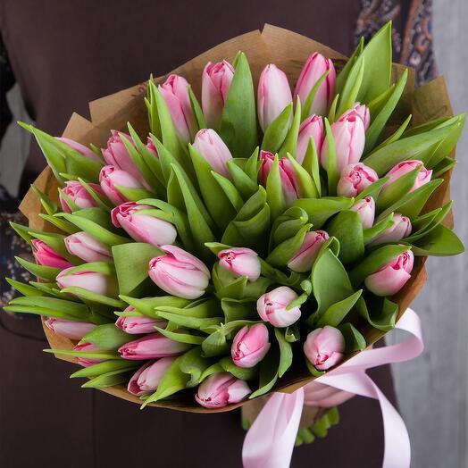 35 Розовых Тюльпанов