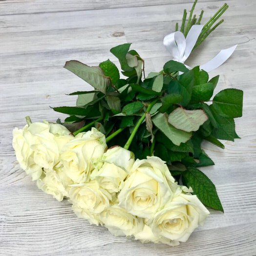 Букет роз 11 шт. Розы белые.   ( 50 см ) N8: букеты цветов на заказ Flowwow