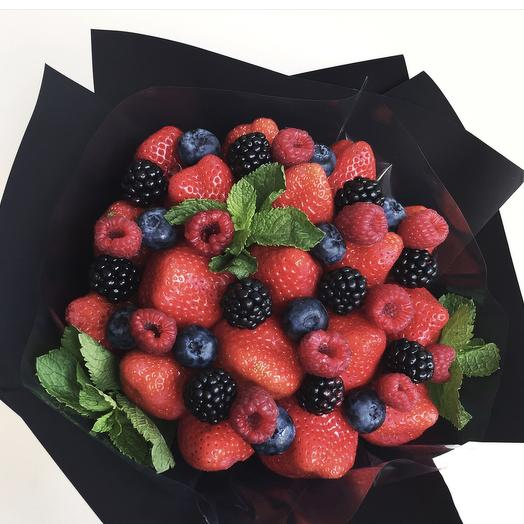 Клубничный букет «счастье»: букеты цветов на заказ Flowwow