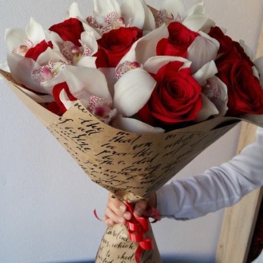 Букет из орхидей и роз: букеты цветов на заказ Flowwow