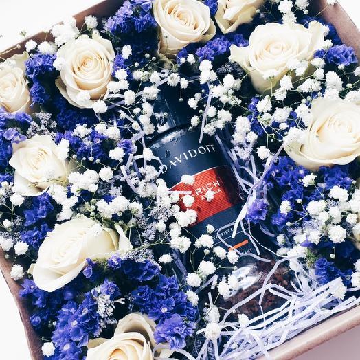 """Подарочная коробочка """"Кофе и цветы"""": букеты цветов на заказ Flowwow"""