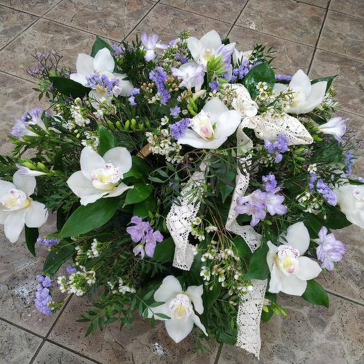 Elegant basket of white orchids: flowers to order Flowwow