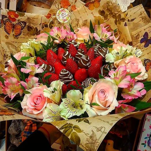 """Клубничный букетик """"Наслаждение"""": букеты цветов на заказ Flowwow"""