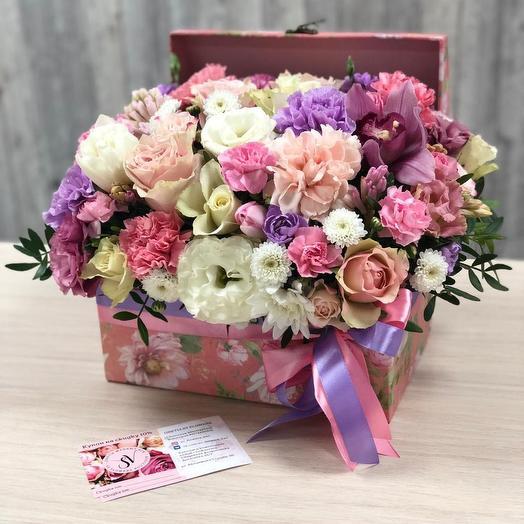 Сундук с цветами микс: букеты цветов на заказ Flowwow