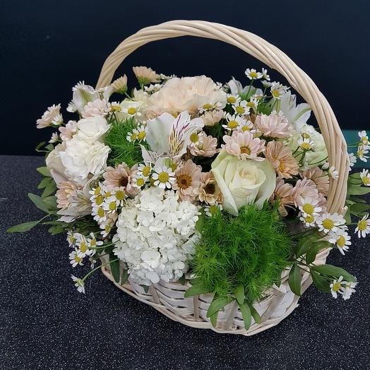 Нежная корзина: букеты цветов на заказ Flowwow