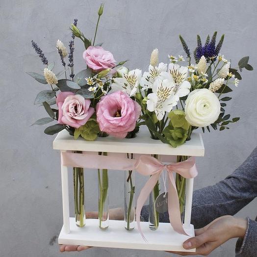 Композиция на 5 колб: букеты цветов на заказ Flowwow