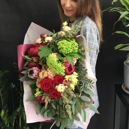 Красный сет: букеты цветов на заказ Flowwow