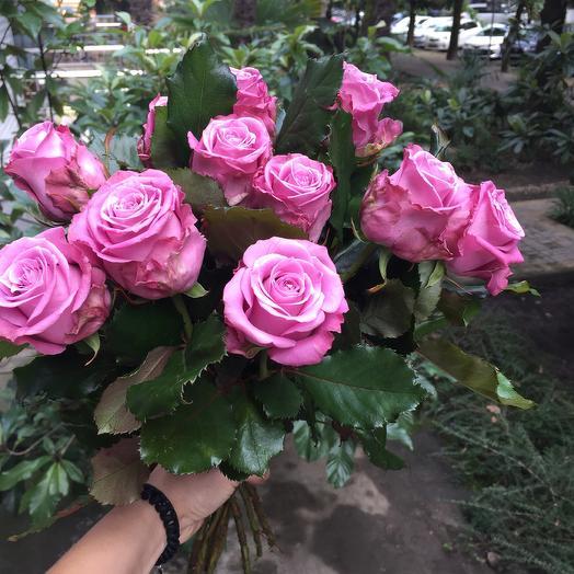 Букет из фиолетовых роз: букеты цветов на заказ Flowwow