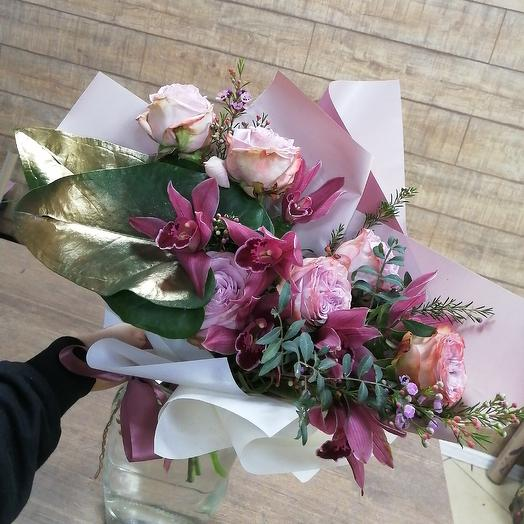 Стильный букет с пионовидными розами: букеты цветов на заказ Flowwow
