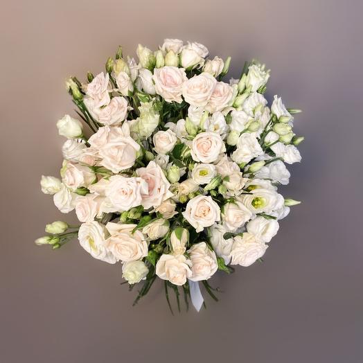 Объёмный букет из роз: букеты цветов на заказ Flowwow